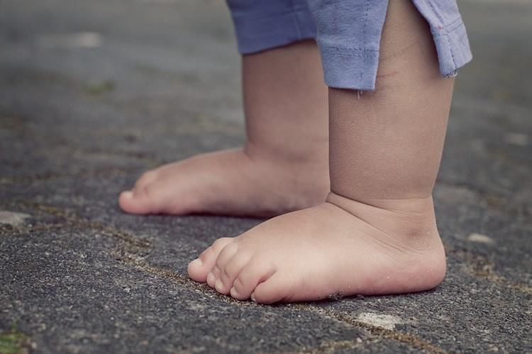 pes descalcos.jpg